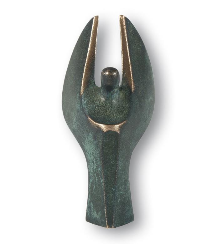 Luise Kött-Gärtner, Mini-Engel, 7cm (Engel, himmlisches Wesen, Skulptur, Figur, Bronze, reduziert, Eleganz, Schlafzimmer, Wohnzimmer)