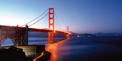 Anne Valverde, Golden Gate Night (Wunschgröße, Fotografie, Fotokunst, Modern, Brücke, Büro, Wohnzimmer, Architektur, Brücke rot, Landschaften, Landschaftsfotografie, Nacht, San Fransisco, Golden Gate Bridge, Hendrik Point)