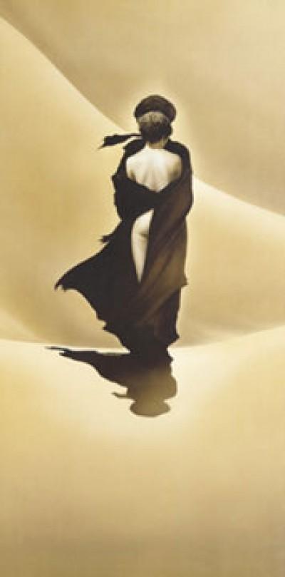 Renato Casaro, Schirokko II (Umarmung, Erotik, Araber, Wüste, Sandsturm, Schutz, Wohnzimmer, Schlafzimmer, Modern, Malerei, People & Eros, Persönlichkeiten, Frau, Mann,  sepia)