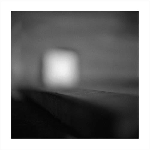Dominique DEMASEURE, Harrington Harbour 05 (Fotokunst, verschwommen, verwischt, diffus, unscharf, modern, Wohnzimmer, Treppenhaus, schwarz/weiß)