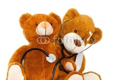 drubig-photo, arztuntersuchung (gemütlich, patient, erholen, krankenkasse, medizin, notdienst, unfall, allianz, verletzt, verletzung, doktor, krankheit, grippe, kind, plüschtier, bär, heal, krank, apotheke, pause, helfer, kinderarzt, krankenhaus, krankheit, schmerzen, entspannen, bet)
