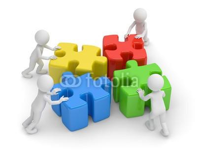 fotomek, vier puzzle teamwork (Wunschgröße, Fotokunst, Motivation, Inspiration, Ansporn, Herausforderung, Teamwork, Partnerschaft, Konzept, Puzzleteile, Gemeinsamkeit, Stärke, Energie, Wille, Business, Büro, bunt)