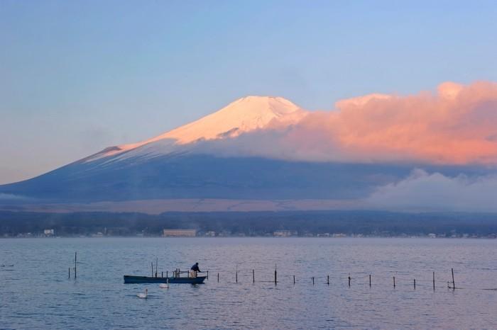 Hady Khandani, DAYBREAK AT MOUNT FUJI - YAMANAKA LAKE - JAPAN 2 (HADYPHOTO, Fotografie)