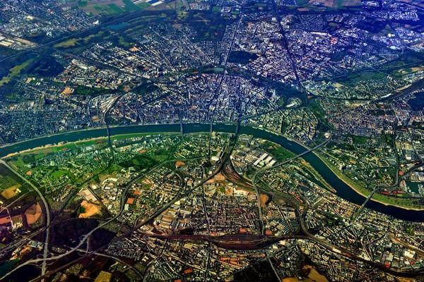 Hady Khandani, GEO ART - COLOGNE 1 (HADYPHOTO,Fotografie,Luftaufnahmen,Büro,Wohnzimmer,Europa, Deutschland,Köln,Fluss,Rhein, Wunschgröße)