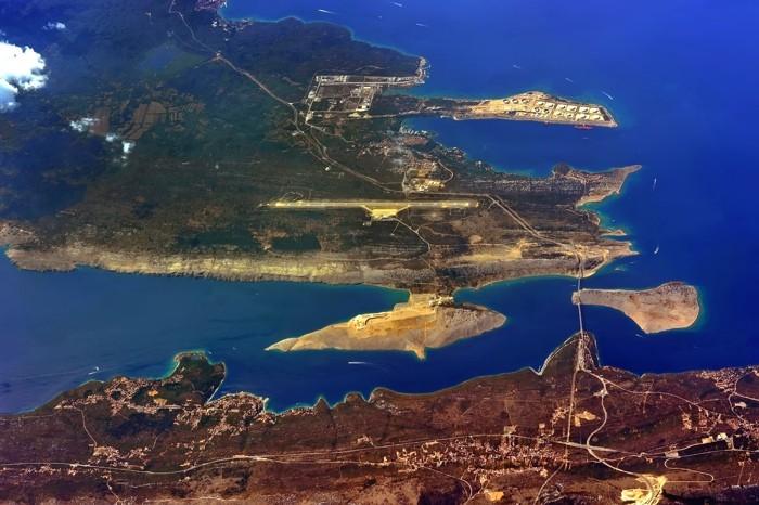 Hady Khandani, GEO ART - ISLAND KRK WITH AIRPORT RIJEKA - CROATIA (HADYPHOTO, Inseln, Mittelmeer, Kroatien, Geologie, Landschaften, Luftbild, Fotokunst, Wunschgröße, Wohnzimmer, Treppenhaus, bunt)