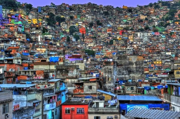 Hady Khandani, HDR - FAVELA ROCINHA - RIO DE JANEIRO - BRAZIL 7 (HADYPHOTO, Favela, Rio de Janeiro, Brasilien, Armenviertel, Architektur, illegal, Fotografie, Wunschgröße, Wohnzimmer, Treppenhaus, bunt)