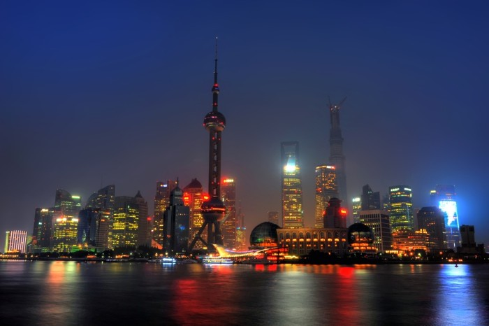 Hady Khandani, HDR - NIGHTLY PUDONG SKYLINE - SHANGHAI - CHINA 1 (HADYPHOTO, Skyline, Metropole, China, Nachtszene, Lichteffekte, Architektur,  Fotokunst, Wunschgröße, Wohnzimmer, Treppenhaus, bunt)