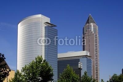 Heino Pattschull, Messeturm in Frankfurt 2 (Wunschgröße, Fotografie, Photografie, Städte, Deutschland, Metropole, Frankfurt, Architektur, Messeturm, Modern, blauer Himmel, Büro, Business, bunt)