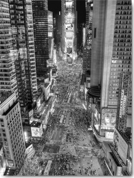 Aurélien Terrible, Renaissance (Fotokunst, Städte, Metropole, USA, New York, gelbe Taxis, Straßen, Skyline, Hochhäuser, Wolkenkratzer, Verkehr, Autos, Abendszene, Beleuchtung, Treppenhaus, Wohnzimmer, Jugendzimmer, schwarz/weiß)