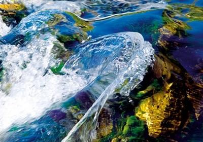 Ortwin Klipp, Liquids 8 (Fotokunst, Wasser, Welle, Bewegung, Energie, Kraft, Büro, Business, Wohnzimmer, Wunschgröße, bunt)