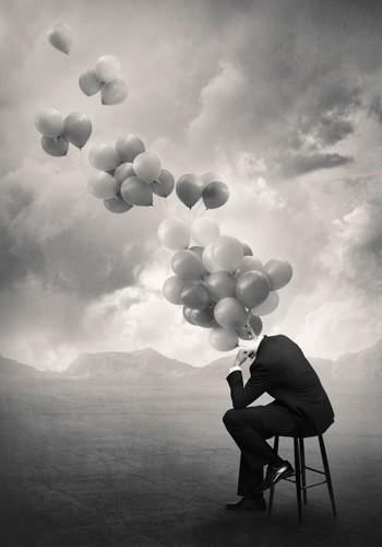 Tommy Ingberg, Think (Wunschgröße, Grafik, Mann, Mann im Anzug, Landschaft, sitzender mann, Stuhl, Luftballons, surreal, Gedanken, nachdenken, überlegen, fliegende Gedanken, schwarz / weiß)