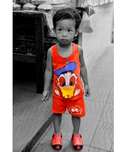 Hady Khandani, COLORSPOT - LITTLE THAI BOY WITH DONALD SHIRT