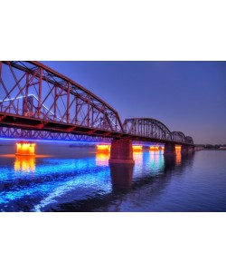 Hady Khandani, HDR - ILLUMINATED SINO-KOREAN FRIENDSHIP BRIDGE OVER YALU RIVER BETWEEN CHINA AND NORTH KOREA - DANDONG 04