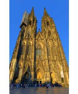 Hady Khandani, PANO VERTICAL - COLOGNE CATHEDRAL - GERMANY