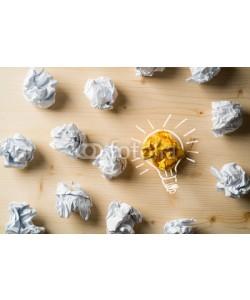 fotogestoeber, Papierkugeln als Symbol für Ideen