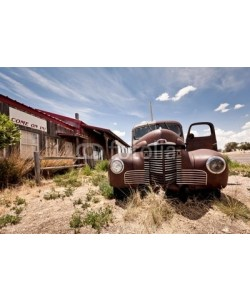 Andrew Bayda, Abandoned restaraunt on route 66 road in USA