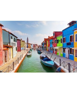 Photocreo Bednarek, Colorful houses and canal on Burano island, near Venice, Italy.