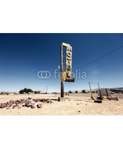 Andrew Bayda, Hotel sign ruin along historic Route 66