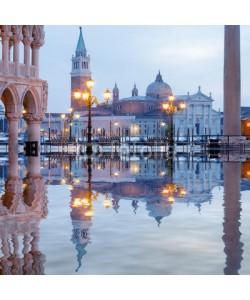 Blickfang, Venedig Markusplatz Dogenpalast Spiegelung