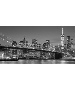 MaciejBledowski, Black and white Manhattan waterfront at night, NYC.