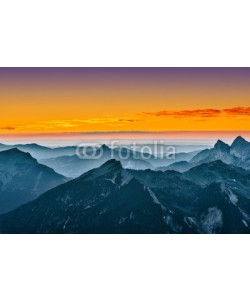 a2l, view over blue mountains with golden yellow sunset sky