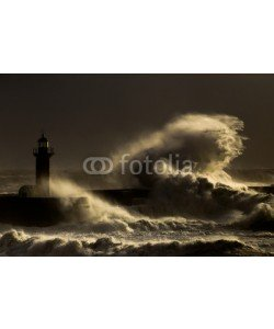 Carlos, Storm with big waves near a lighthouse