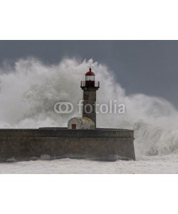 Zacarias da Mata, Stormy waves over old lighthouse