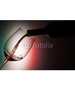 MAURO, Glass with red wine on the colors of italian flag