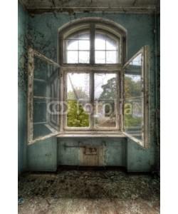 Grischa Georgiew, open window