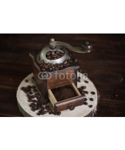 gpointstudio, Wooden and old fashioned coffee mill