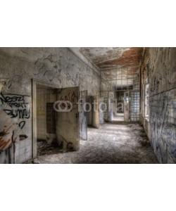 Grischa Georgiew, ancient floor in an abandoned hospital