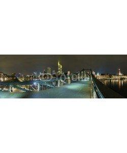 Blickfang, beleuchtetes  Frankfurt vom eisernen Steg Panorama