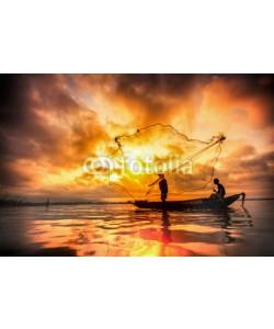 anekoho, Fisherman of Bangpra Lake in action when fishing