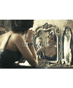 Aarrttuurr, Lovely woman looking at mirror reflection.
