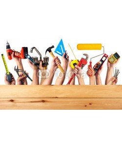 Kurhan, Hands with construction tools.