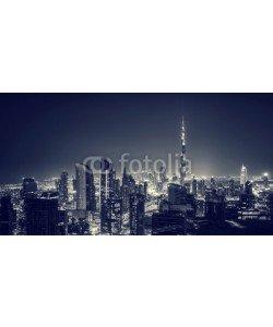 Anna Om, Beautiful Dubai city at night