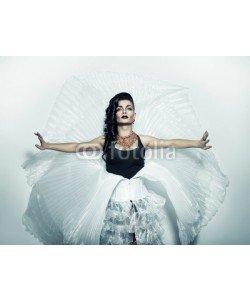 alexbutscom, transvestite in white costume