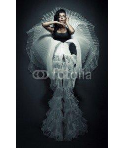 alexbutscom, transvestite in white skirt