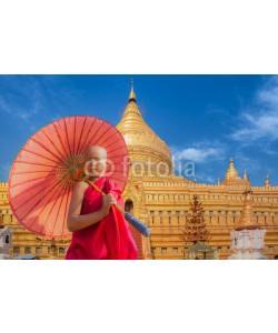 anekoho, Little novive and golden pagoda