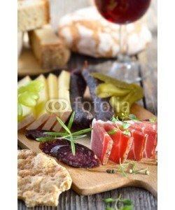 kab-vision, Gemischte Südtiroler Törggelen-Brotzeit mit Speck, Käse und Kaminwurzen