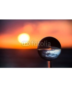 klauskreckler, Sonnenuntergang mit Kristallkugel