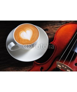 amenic181, Latte art and violin on wooden table