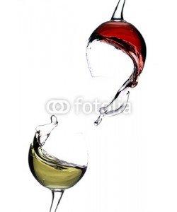 Andreas Berheide, Splashing wine on a white background
