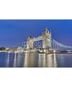 Anibal Trejo, Tower Bridge at London, England