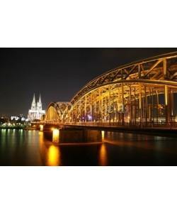 anweber, Kölner Dom, Rhein und Deutzer Brücke bei Nacht