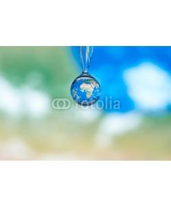 Daniel Nimmervoll, Erdkugel im Wassertropfen