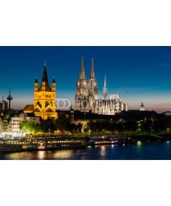 davis, Cologne at night