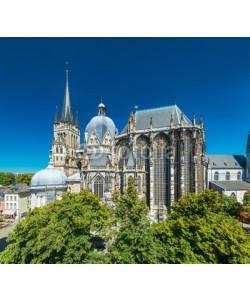 davis, Aachener Dom im Sommer