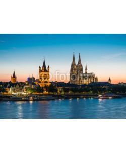 davis, Cologne at dusk