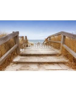 eyewave, Treppe zum Ostseestrand Heiligenhafen im Winter